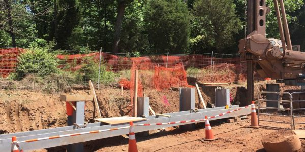 Retaining wall construction for I-66 Beltway angle 1